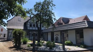 CoWorking fester Arbeitsplatz / Schreibtisch / Büro / Immobilie in Bremervörde - Garten